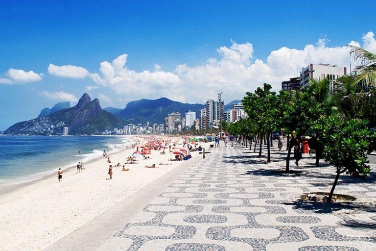 Read more about the article Praia de Ipanema – história, curiosidades e dicas de passeio
