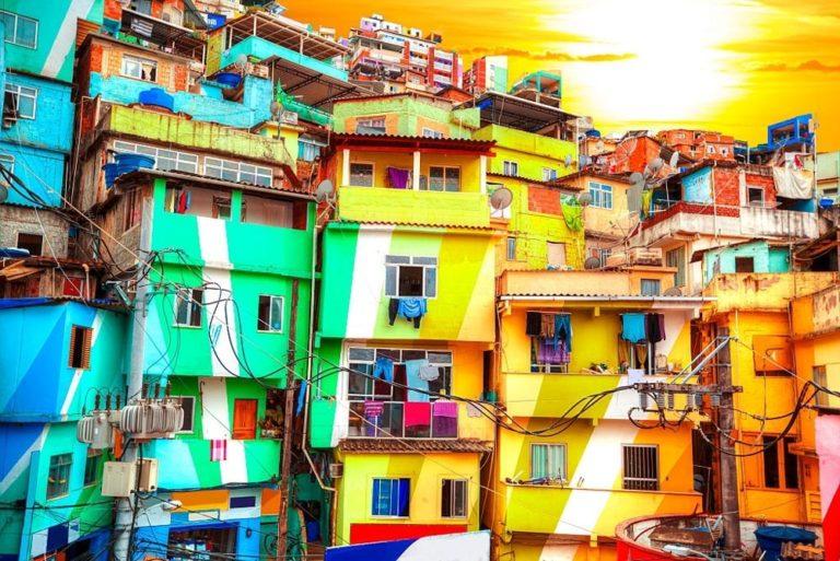 Read more about the article 7 favelas para visitar no Rio de Janeiro