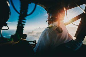 Como se tornar piloto de helicóptero